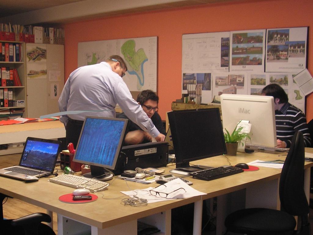 Lo studio for Piccoli piani di progettazione in studio
